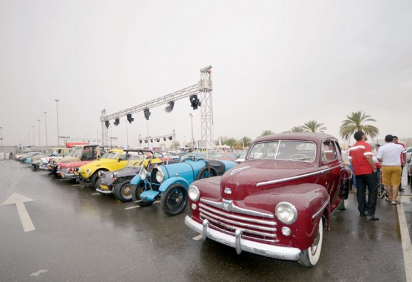 مهرجان للسيارات الكلاسيكية في سلطنة عمان