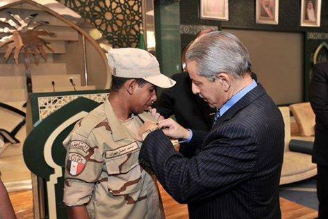 تكريم جندي مصري من السعودية