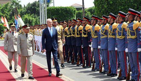 وزير الدفاع المصري والاسباني
