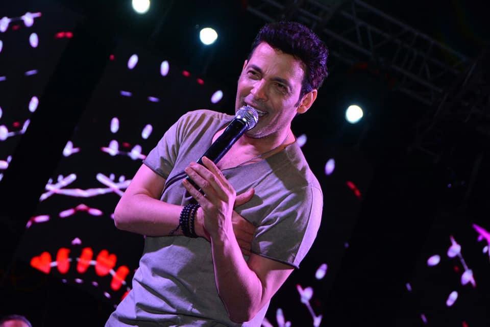 بالصور.. سعد الصغير يتألق في حفل طابا هايتس
